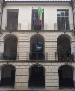 """""""Miracoloso"""" DCA su reti laboratorio in Calabria"""